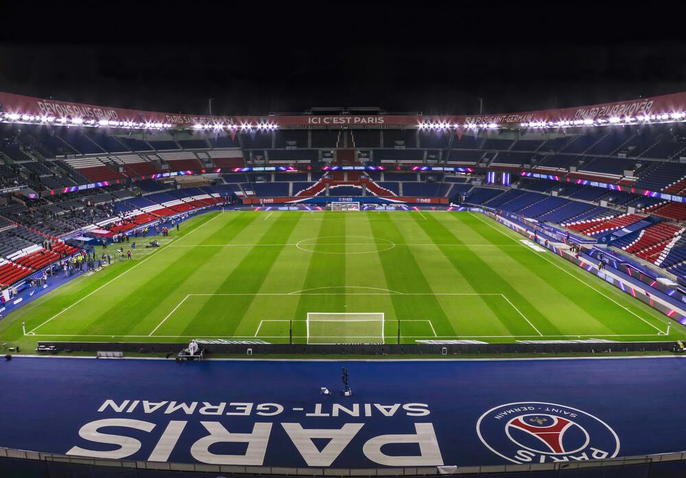 stadion i boisko na parc de princes